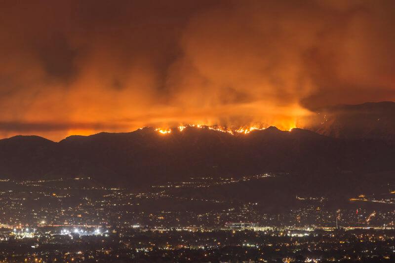 La Tuna fire in Los Angeles, CA (Creative Commons)